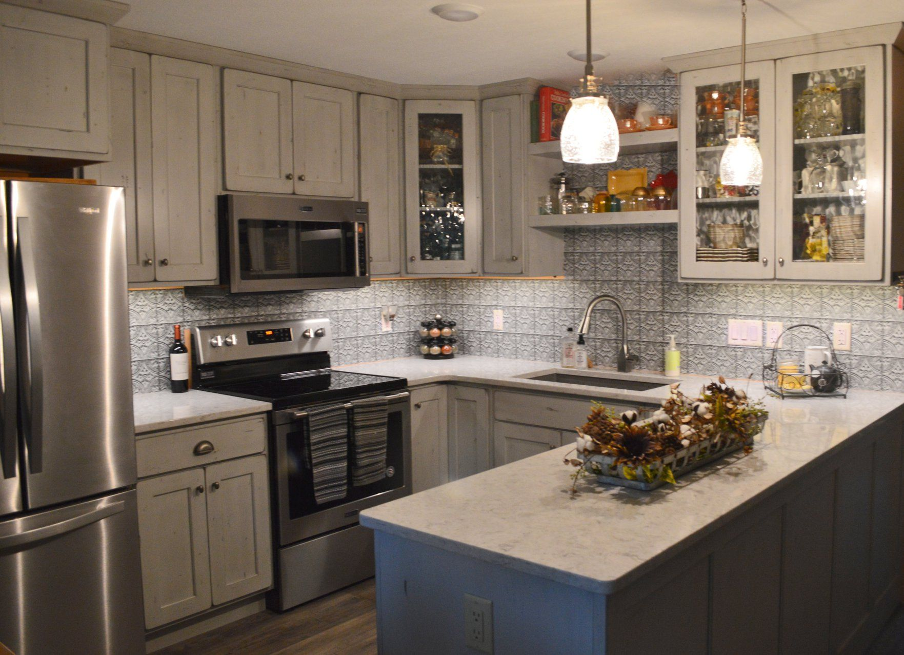This Remodel In Progress Comes With One Happy Homeowner Beautiful Showplace Cabinetry Sterling Doorstyle With Gunsmo Cabinetry Design Kitchen Gallery Kitchen