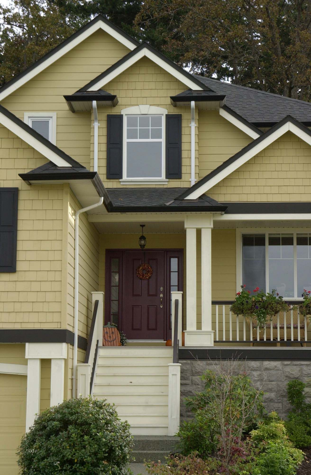 Beautiful Grey Black and White Exterior House Colour Schemes