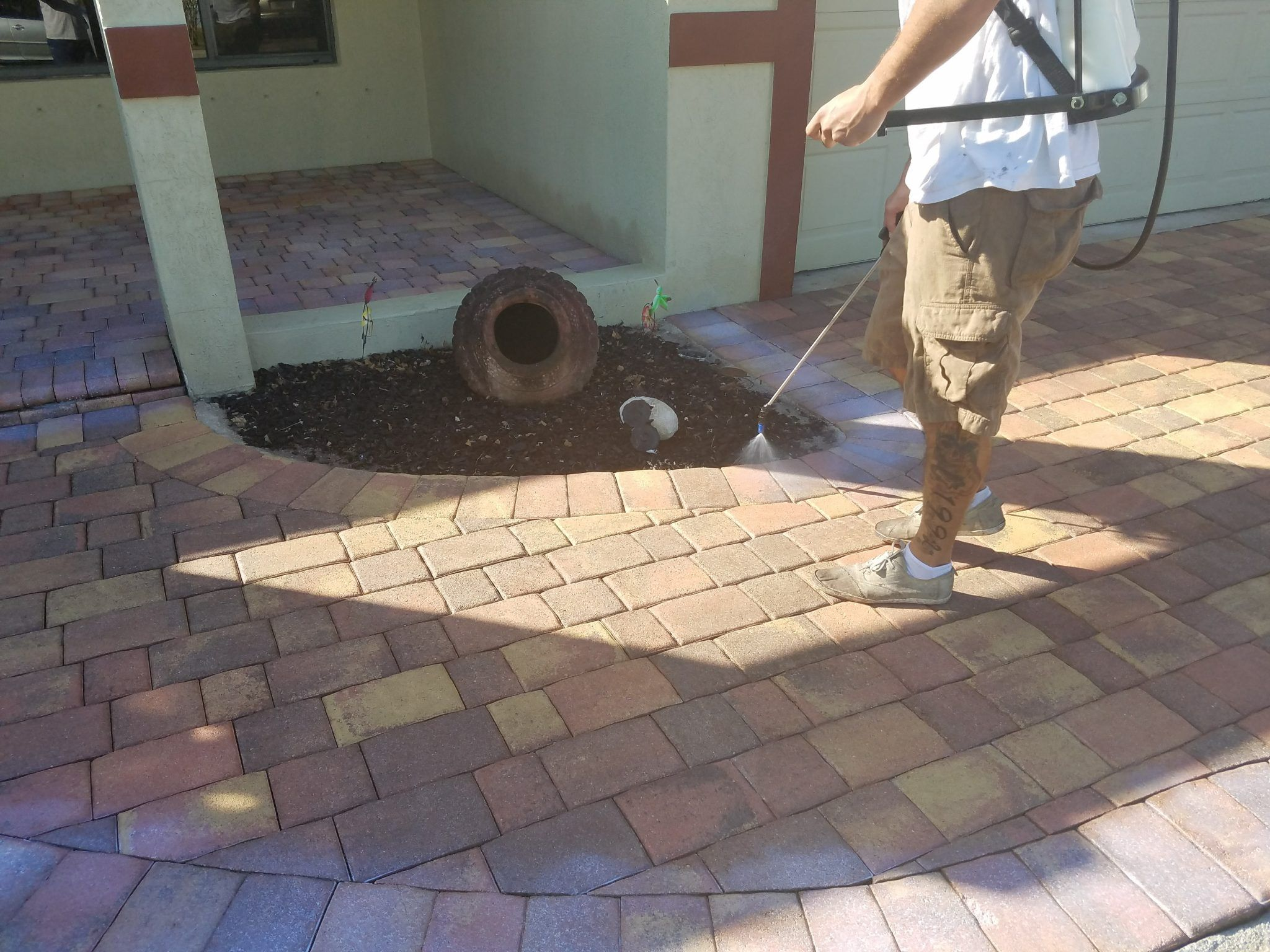 How to Seal Pavers for a High Gloss Wetlook (With images