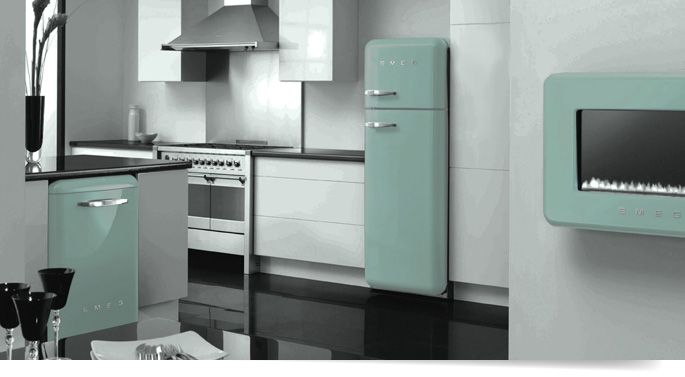 10 of the most colorful smeg refrigerator designs for Smeg kitchen designs