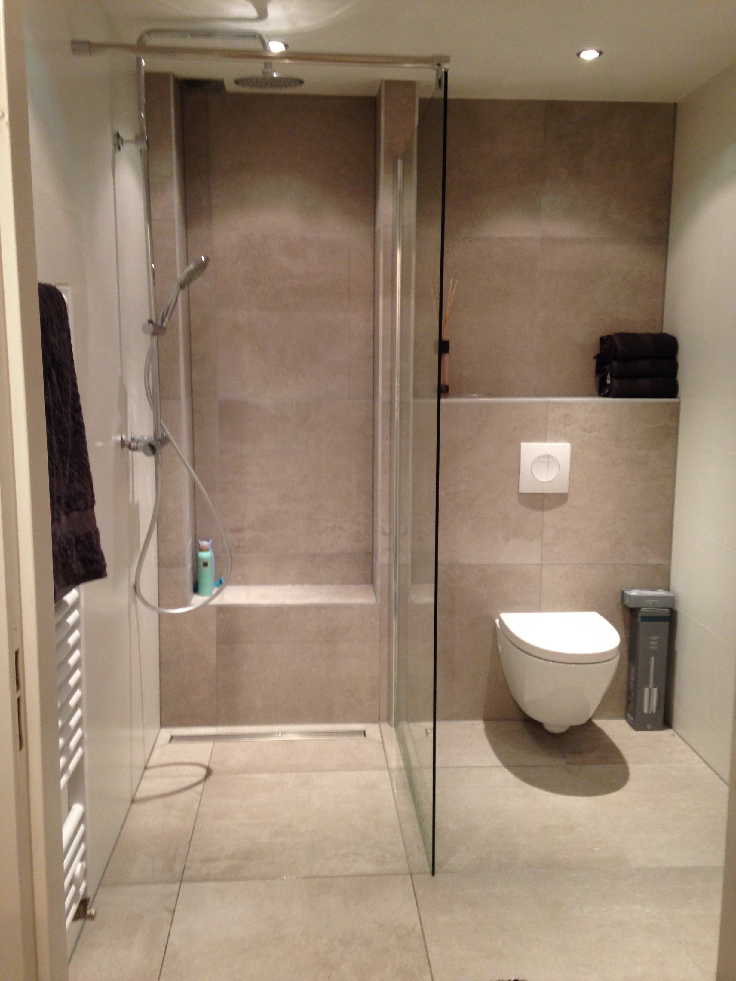 Right here is a small washroom layout that said that realistically satisfies an easy minimal contemporary as well as lavish interior style