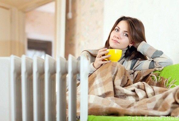 <p>TweetBu Besinleri Alan Grip Olmuyor! Şişli Florence Nightingale Hastanesinden, beslenme ve diyet uzmanı Dr. Tuba Kayan Tapan hasta olmadan önce ekinezya kullanımının, hastalıkla savaşmada etkili olduğuna dikkat çekiyor… Soğuk algınlığı ve nezleden korunmak için, bitkisel ürüler içerisinde en iyi korumayı sağlayan ekinezyadır. Ekinezya içeriği sayesinde, bağışıklık sistemini koruyan elemanların üretimini …</p>