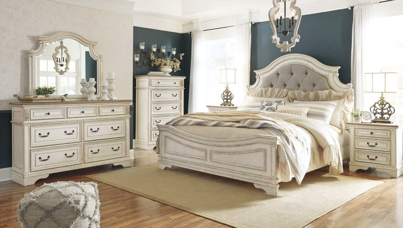 Realyn Chipped White Panel Bedroom Set in 2019 | Furniture | Bedroom ...