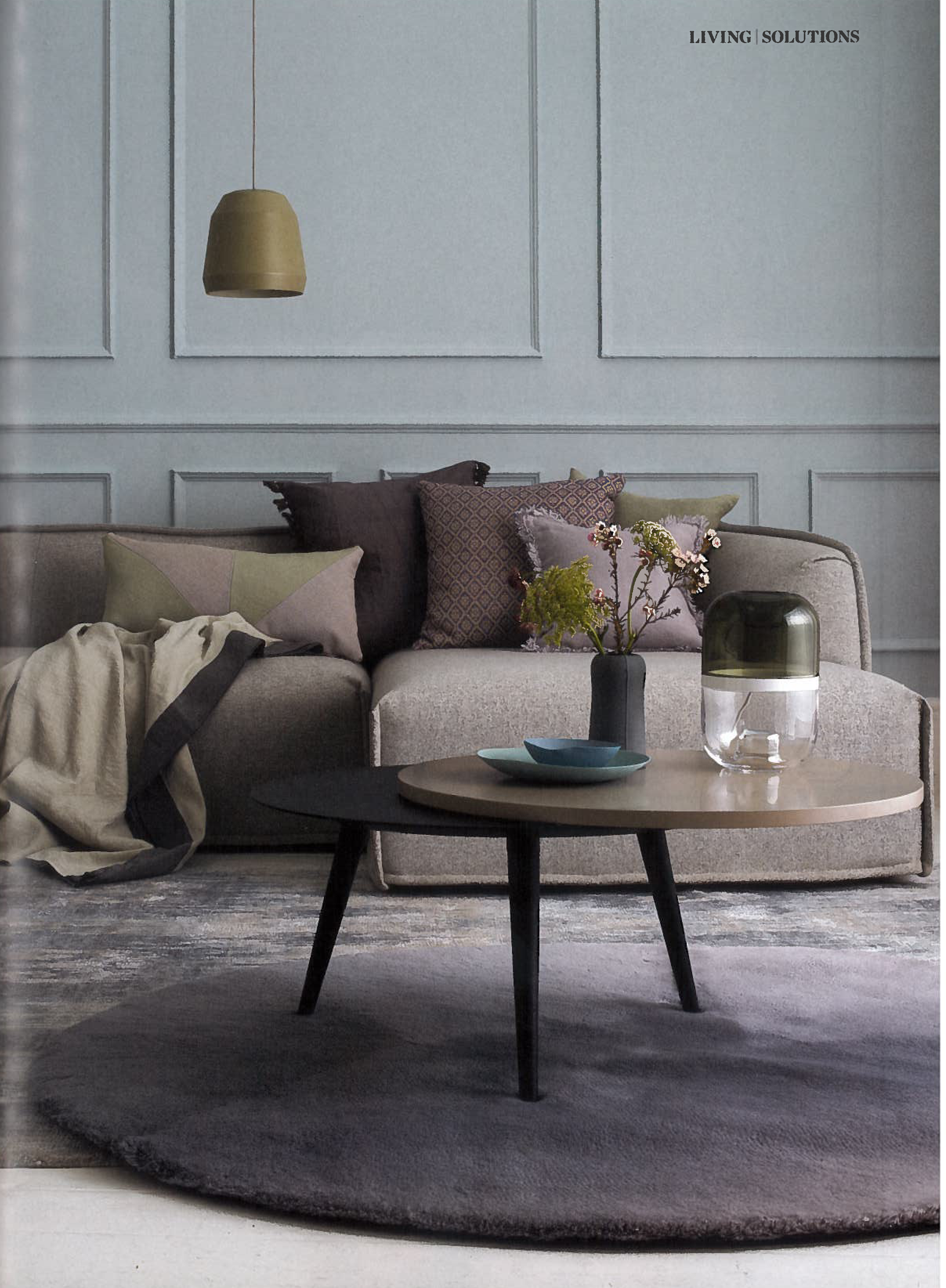 Esszimmer leuchtet zeitgenössisch moroso  massas sofa  elle deco april  fringe cushions  area