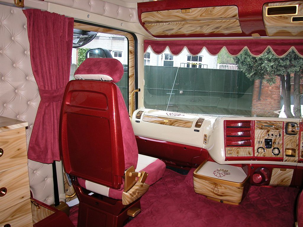 Scania longline scania longline pinterest rigs car for Interieur scania longline