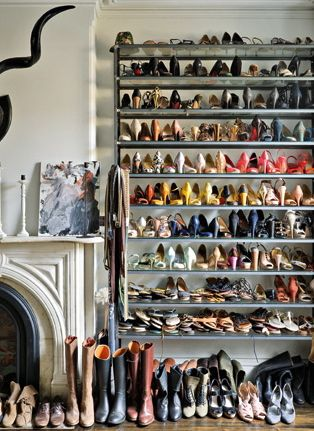 sweet home Schuhschrank, nach Farben und Arten sortiert