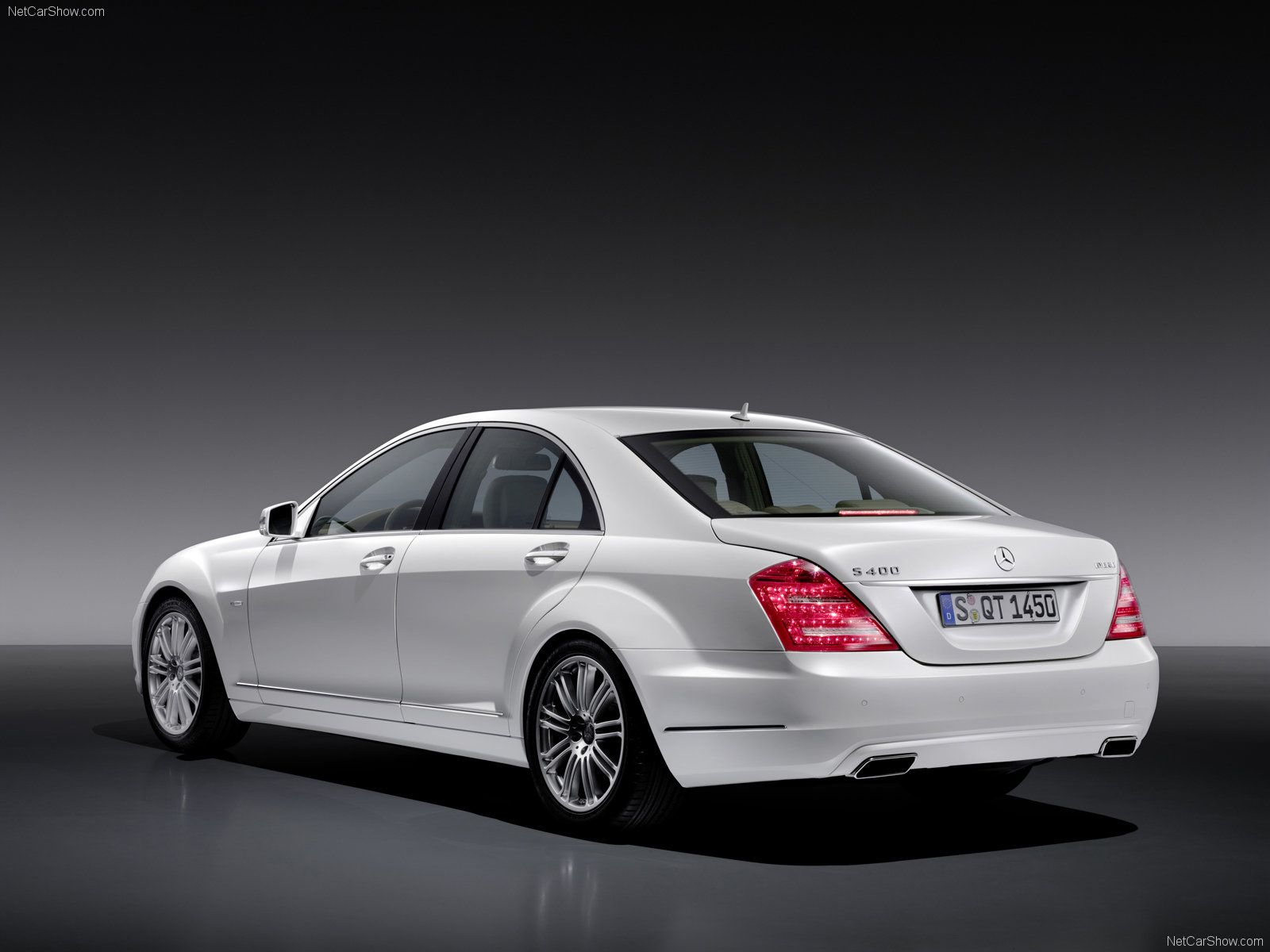Mercedes benz class review research & The mercedes benz s class is as synonymous with state of the art luxury and safety features as