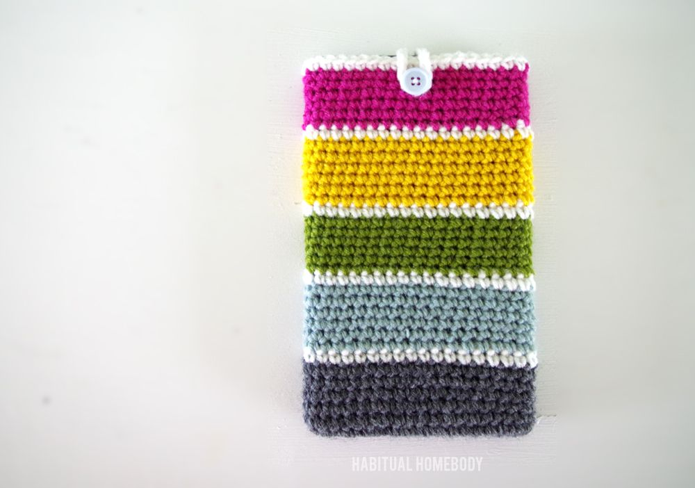 Free crochet pattern: Stash Buster Tablet Case | Monederos y Tejido