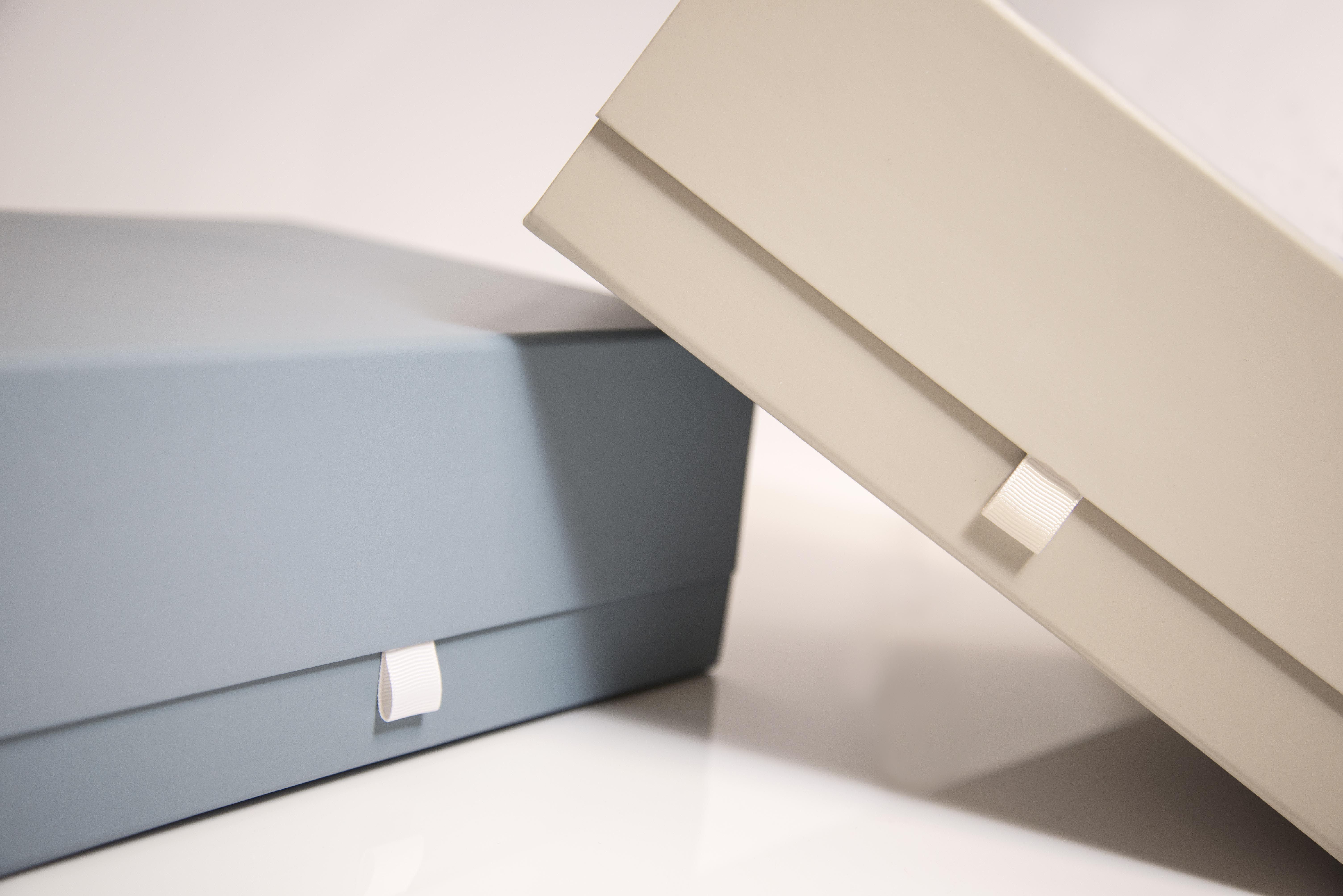 Snap shut boxes with ribbon tabsnap shut boxes gift boxes box snap shut boxes with ribbon negle Choice Image