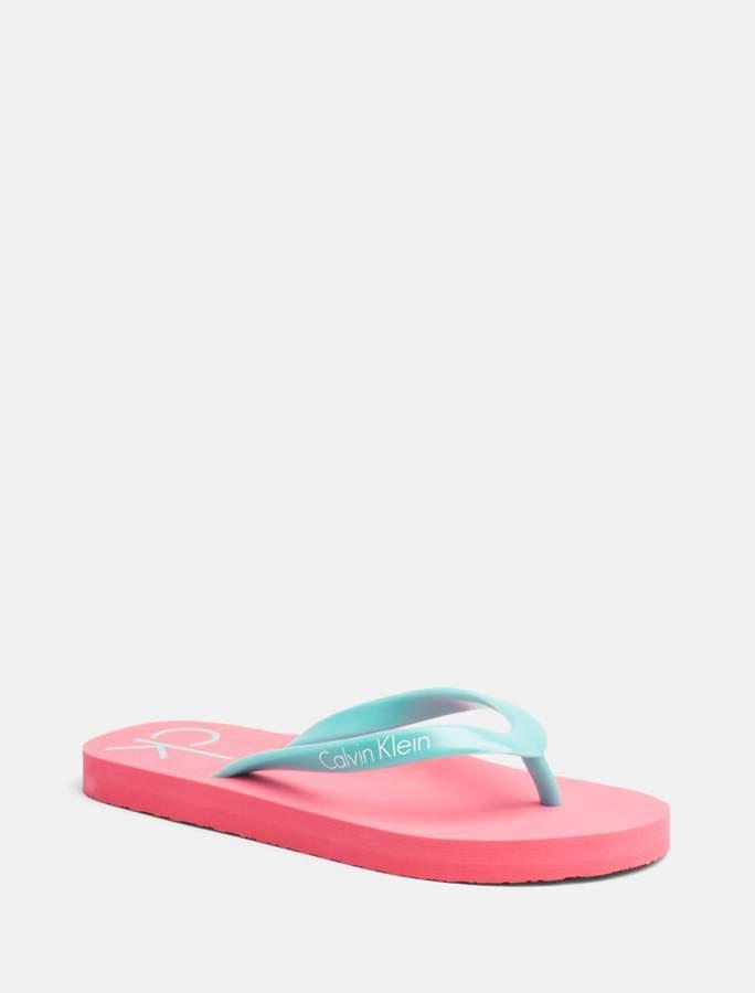 5fcd47bd2fb8 Calvin Klein girls core placed logo sandal