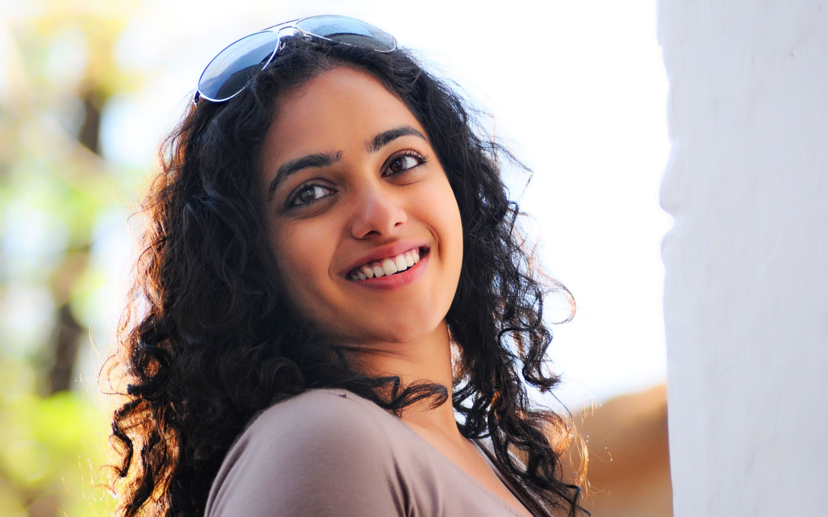 Download Actress Nithya Menon wallpaper HD Widescreen Wallpaper