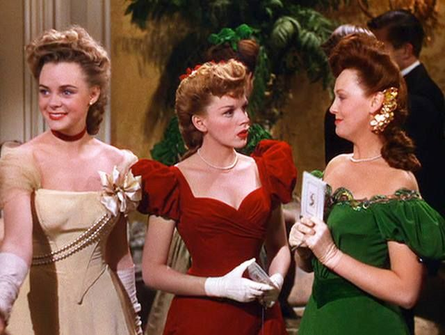 Meet Me in St. Louis, 1944 ~ June Lockhart, Judy Garland & Lucille Bremer |  Judy garland, Hollywood, Holiday movie