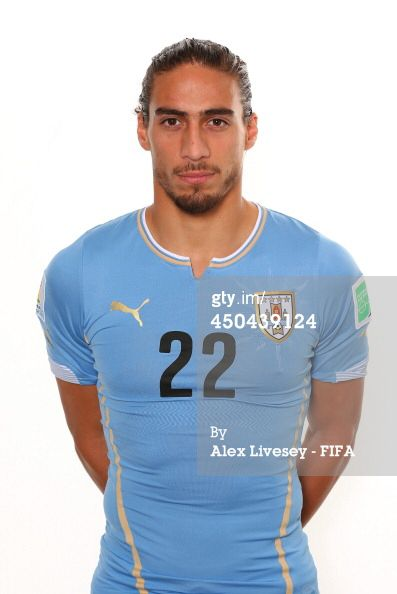 e33a12a5aa1 World Cup · Barcelona · Martín Cáceres and his man-bun are beautiful.  Professional Soccer