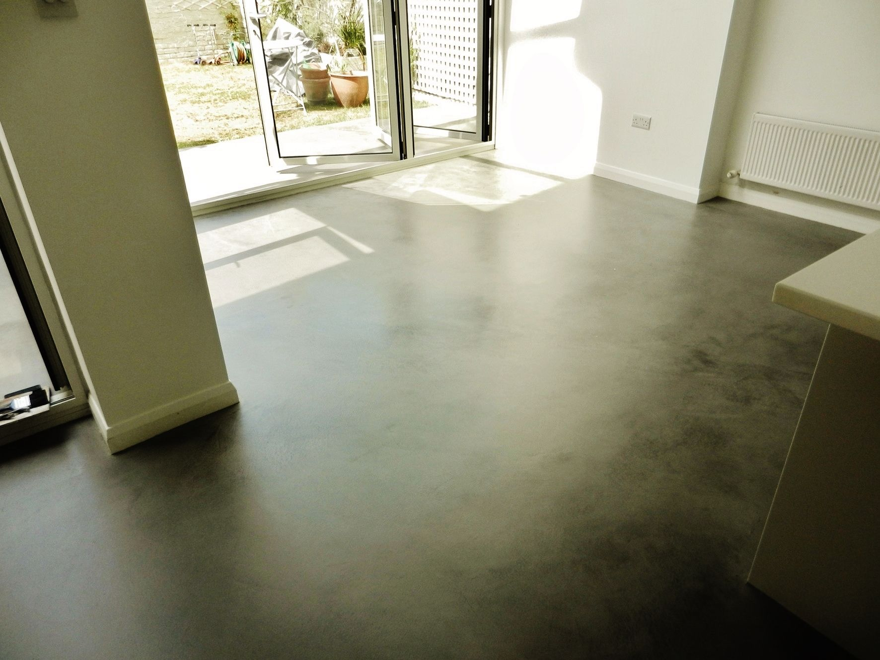 Soft Sheen And Seamless Concrete Floors In House Concrete Floors Concrete