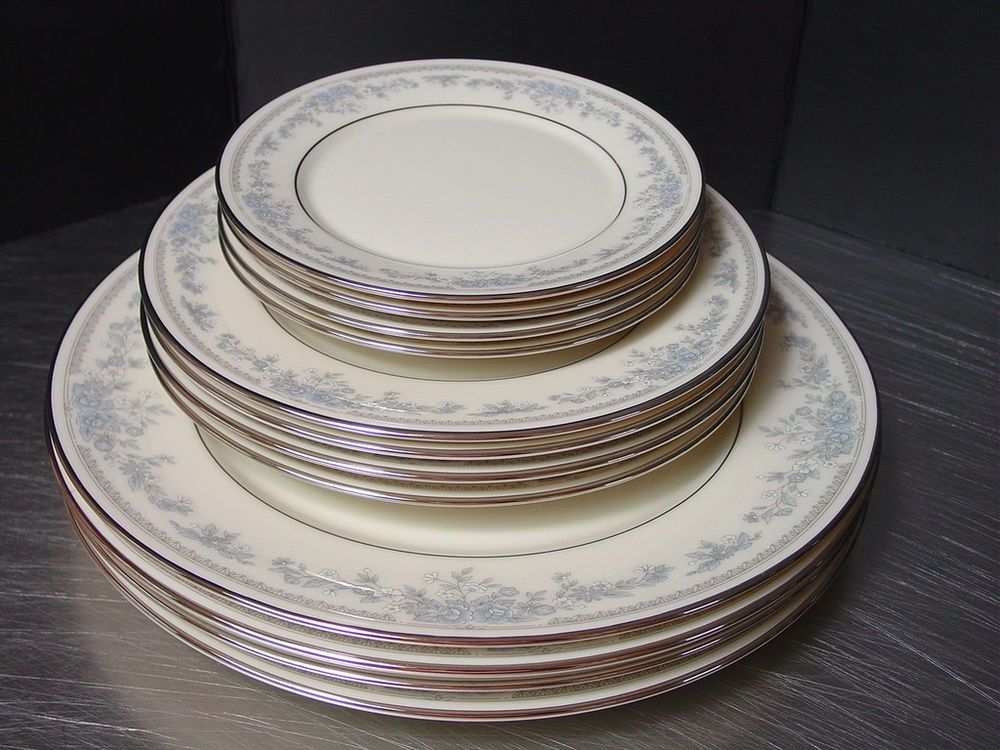 Lenox Reverie Fine China Dishes Cosmopolitan Collection USA Dinnerware 12 pc Lenox & 20 pc Lenox Charleston Dinnerware Fine China Service 4 Floral Design ...
