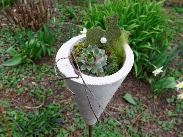 Frühlingsdeko Aus Beton Für Den Garten Gartenstecker