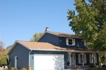 Best Tan Roof Blue House With Images House Paint Exterior 400 x 300