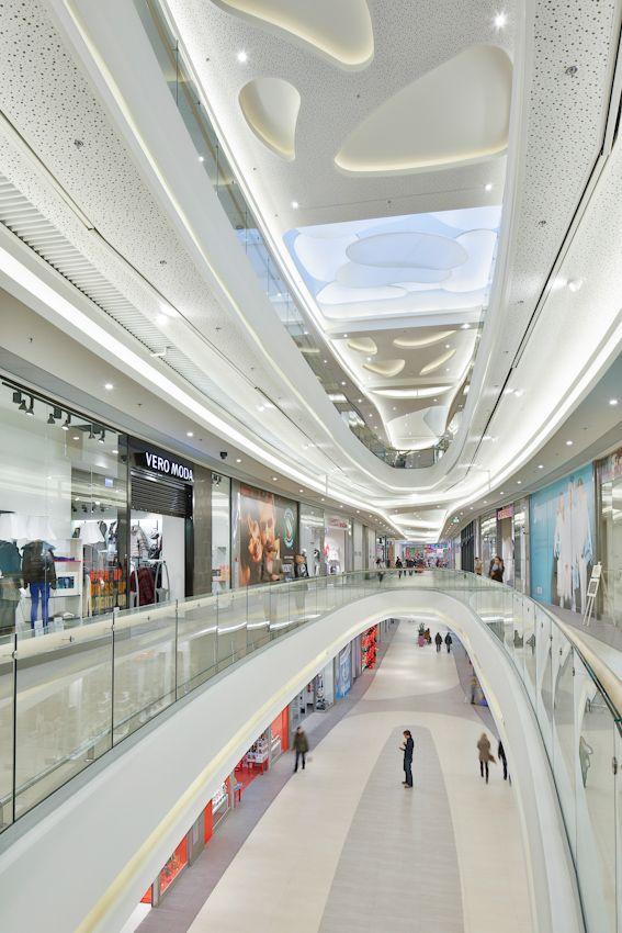 Rzeszow City Center Shopping Mall Circulation Area Interior Ceiling Design Rzeszow Poland Mtdi Gr Shopping Mall Interior Shopping Mall Design Mall Design