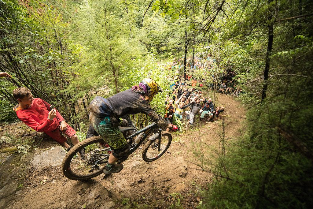 Sam Blenkinsop and Katy Winton Win Dodzy Memorial Enduro 2018   Ride