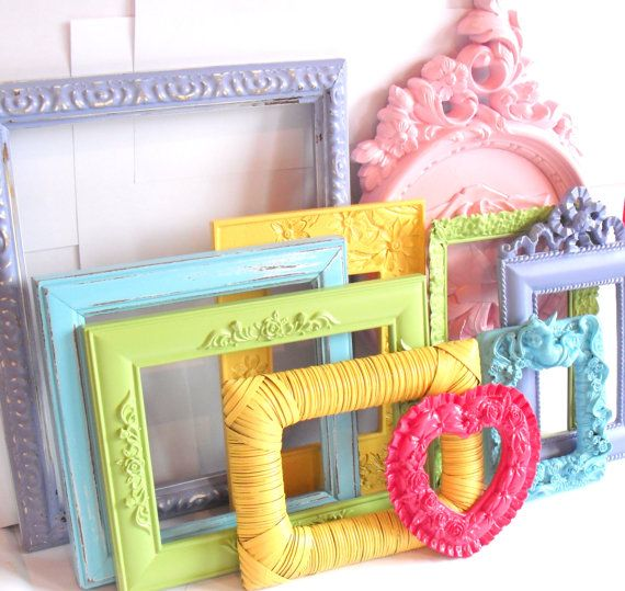 Great idea, paint your favorite thrift finds & fill with photos & fabrics for an adorable display.