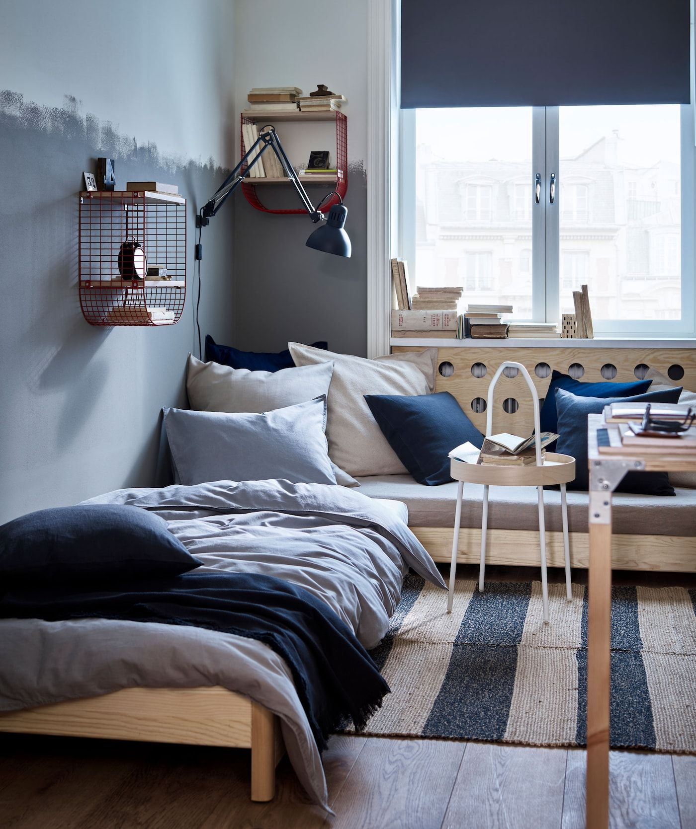 A Shared Home That Turns Friends Into Family Ikea Chambre Ado Mobilier Modulaire
