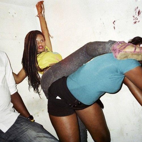 De fiesta loca en la represiva Uganda