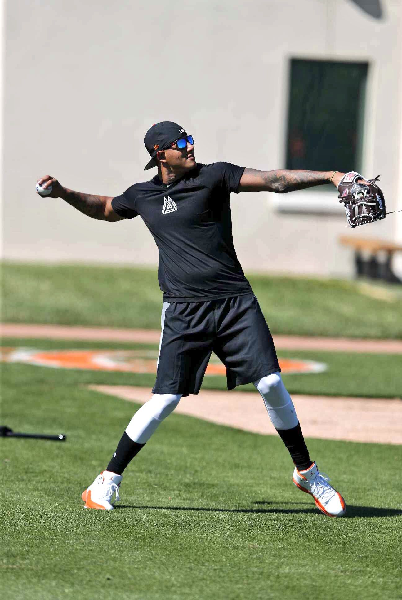 (1) Twitter Baltimore orioles, Sporty, Spring training
