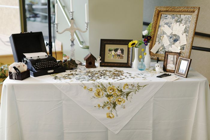 Vintage idea for wedding wishes table wedding details pinterest vintage idea for wedding wishes table m4hsunfo