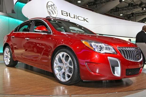 The 2014 Buick Regal debuts at the 2013 New York Auto Show with