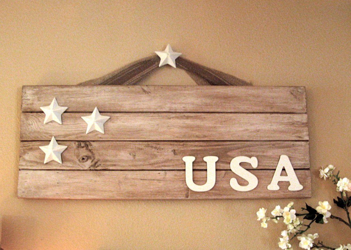 Pallet patriotic sign