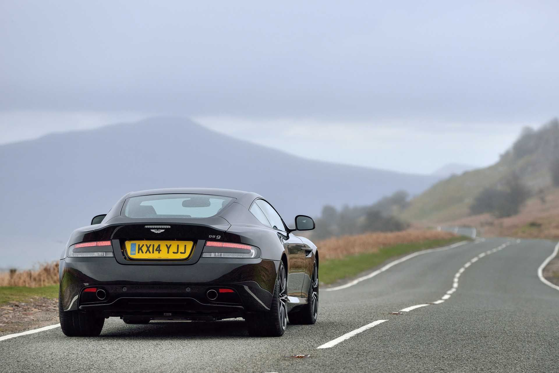 10 Great Aston Martin DB9 Carbon Edition Rear View