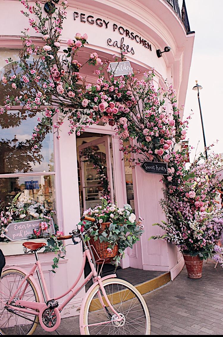 This cozy cake shop