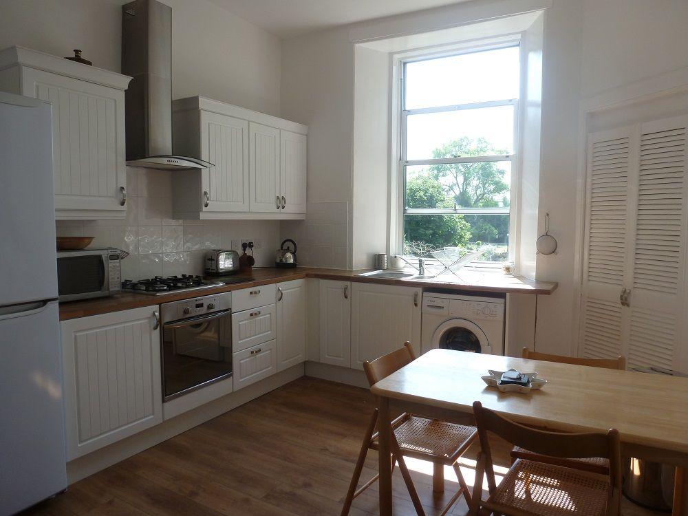 Alternative-View-Of-Kitchen.jpg (1000×750) | Edinburgh Flat ...