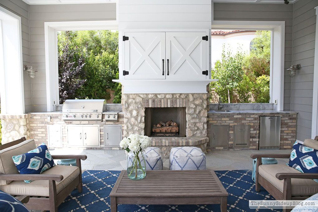 Barn Door Tv Cover The Sunny Side Up Blog Farmhouse Fireplace Screens Patio Door Coverings Farmhouse Fireplace