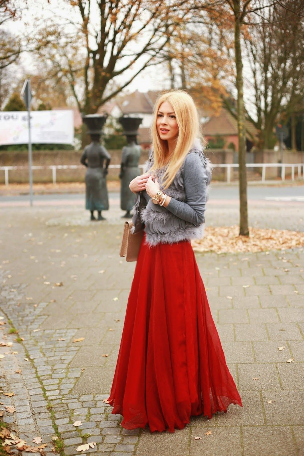 Maxi red