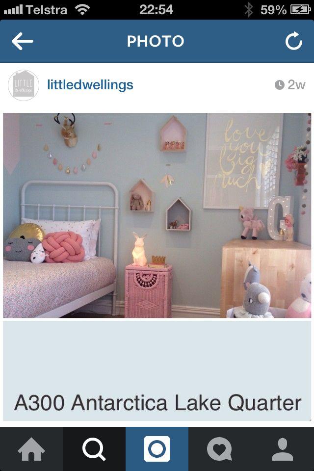 Dulux Kids Bedroom In A Box: Blue Dulux Kids Room. Antarctica Lake Quarter
