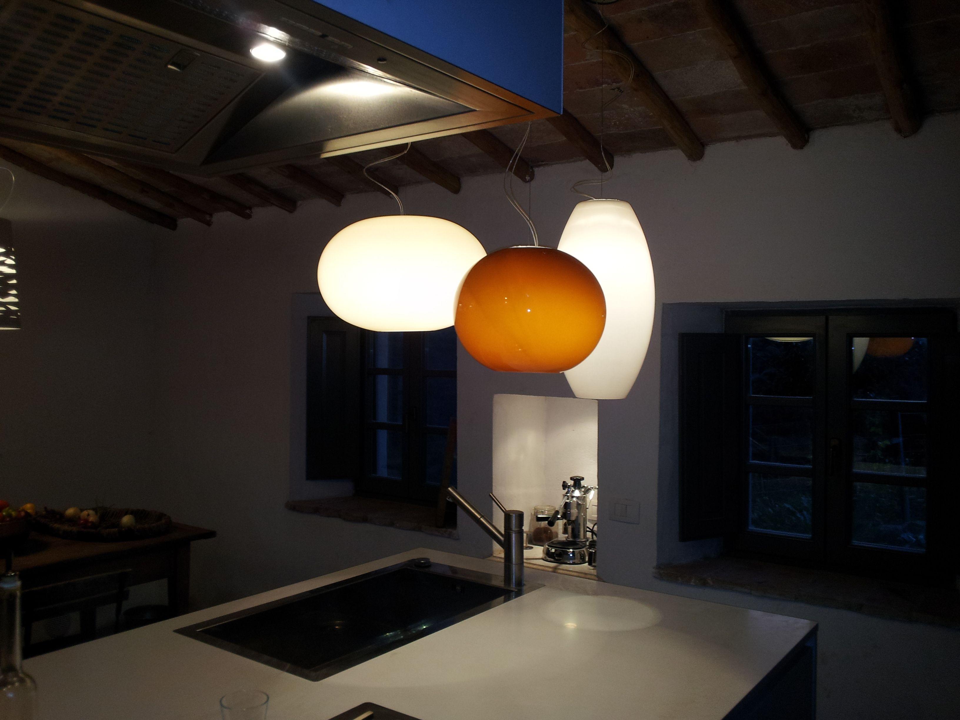 Illuminare l isola della cucina in idee che funzionano davvero