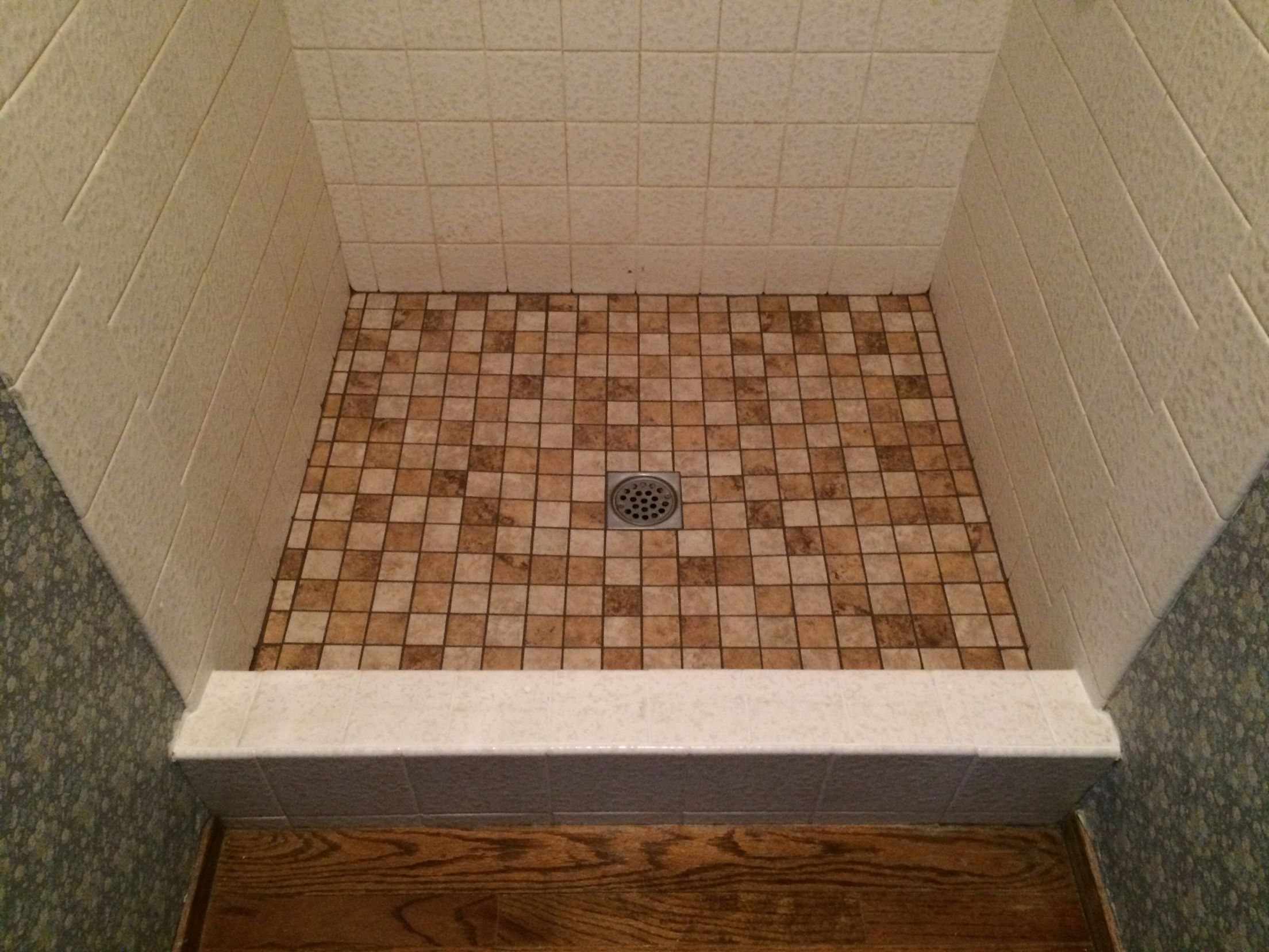 2 x 2 porcelain tile with Super Grout Additive® has given