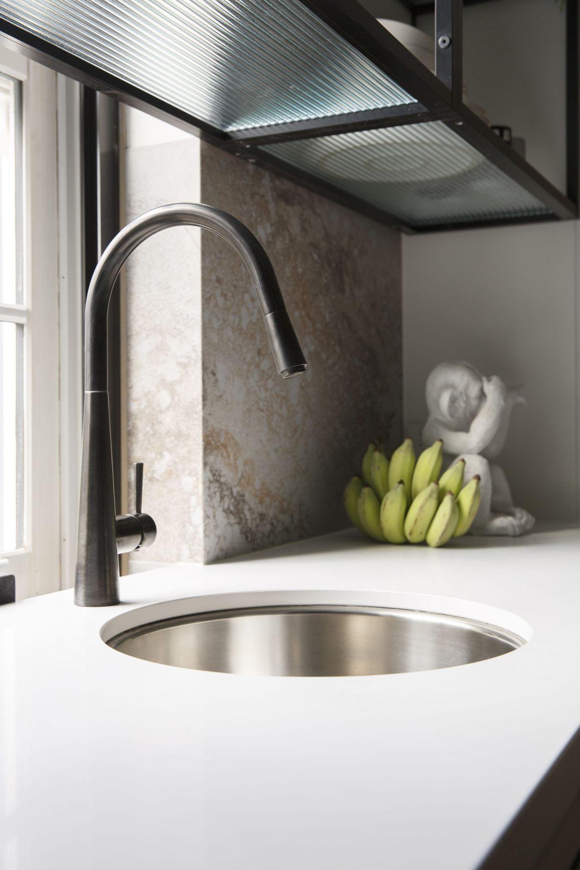 A Cafe Style Challenge Kitchen On The Block 2018 In 2020 Round Kitchen Sink Best Kitchen Sinks Modern Kitchen Sinks