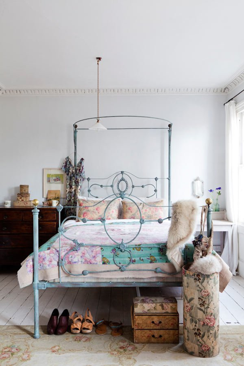 i love white-washed floor boards and iron bed frames. this carpet is ...