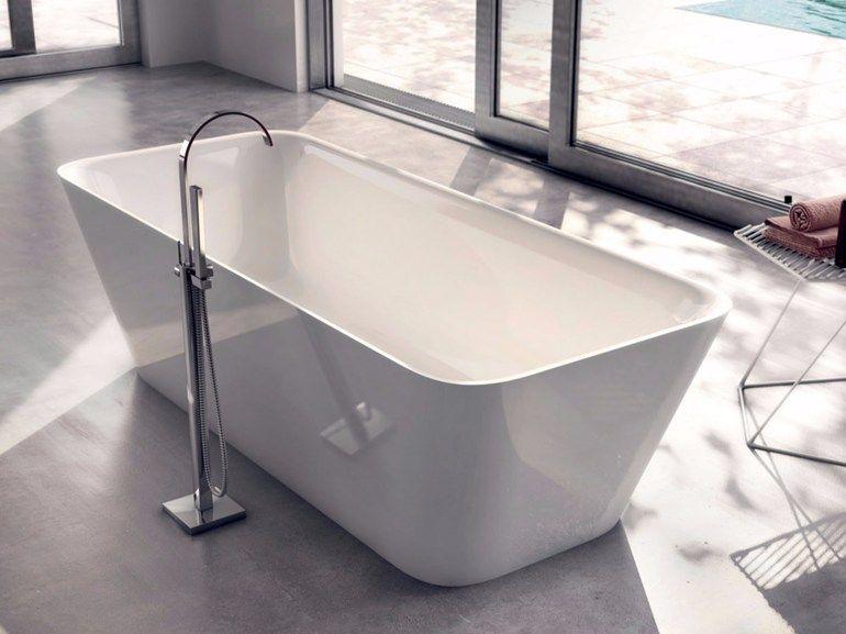 Vasca Da Bagno Centro Stanza : Arredare il bagno con una vasca da bagno freestanding grazia