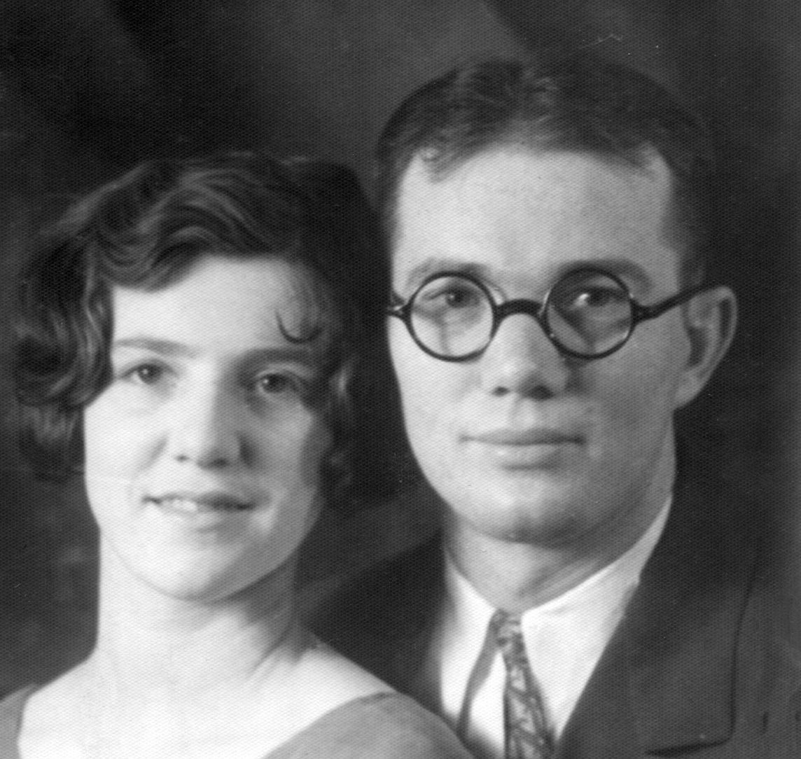My Great-Granpa's glasses get me everytime. What a look! Elen Rebecca Parry - Angus Lemmon Allred - Photos and Stories — FamilySearch.org