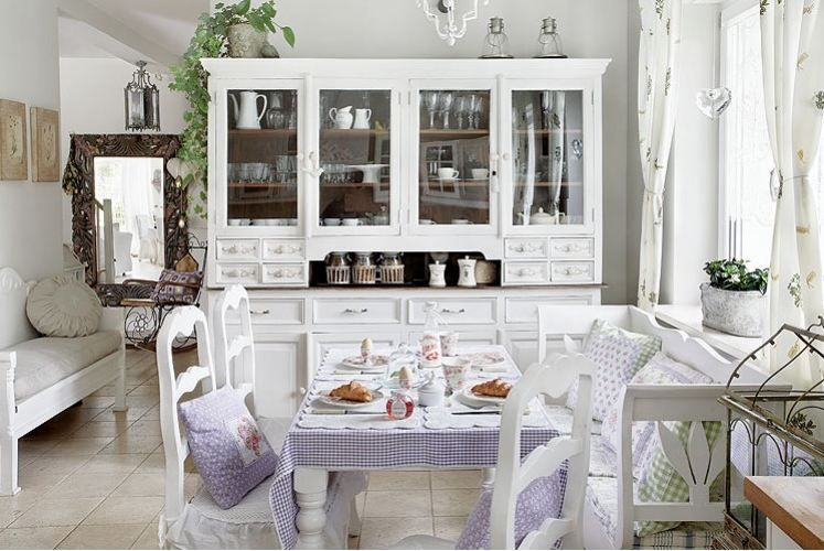 Little Emma English Home: A romantic white kitchen | always drawn to ...