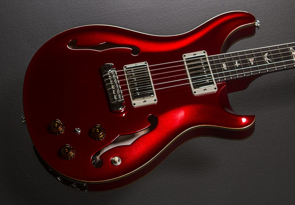 Hollowbody Ii In Candy Apple Red With Gold Binding 2015 Guitar Music Guitar Electric Guitar