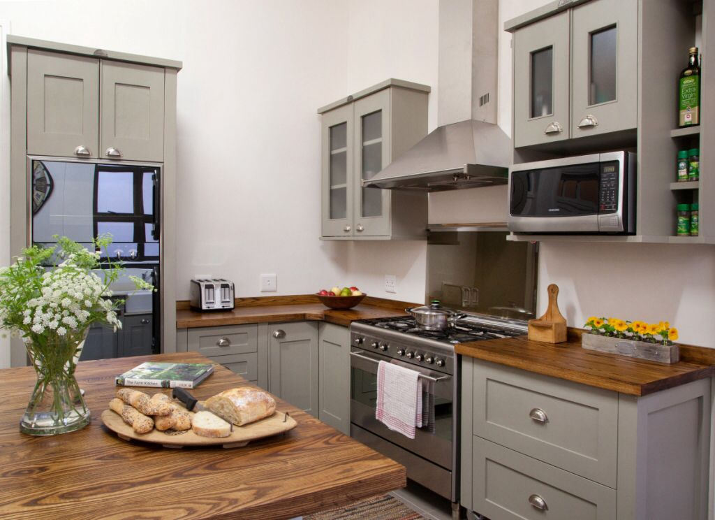 Swedish Style Free Standing Units from Milestone Kitchens ...