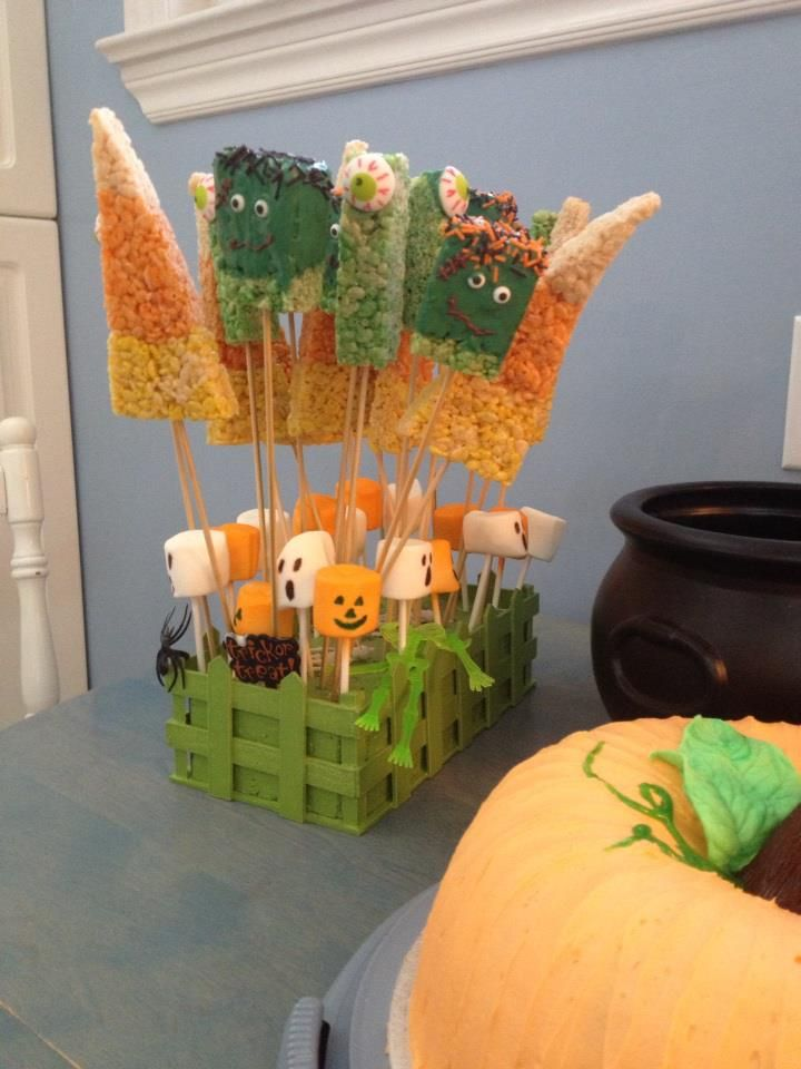 Halloween cake and treats 2 | Halloween cakes, Cake ...
