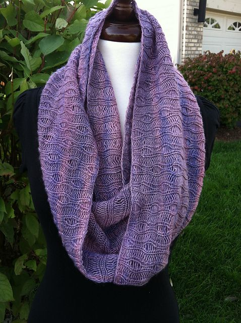Free Pattern: Eternidad Scarf by Lisa R. Myers
