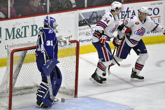 Syracuse Crunch Vs Rochester Amerks Hockey Syracuse Crunch Crunch Syracuse