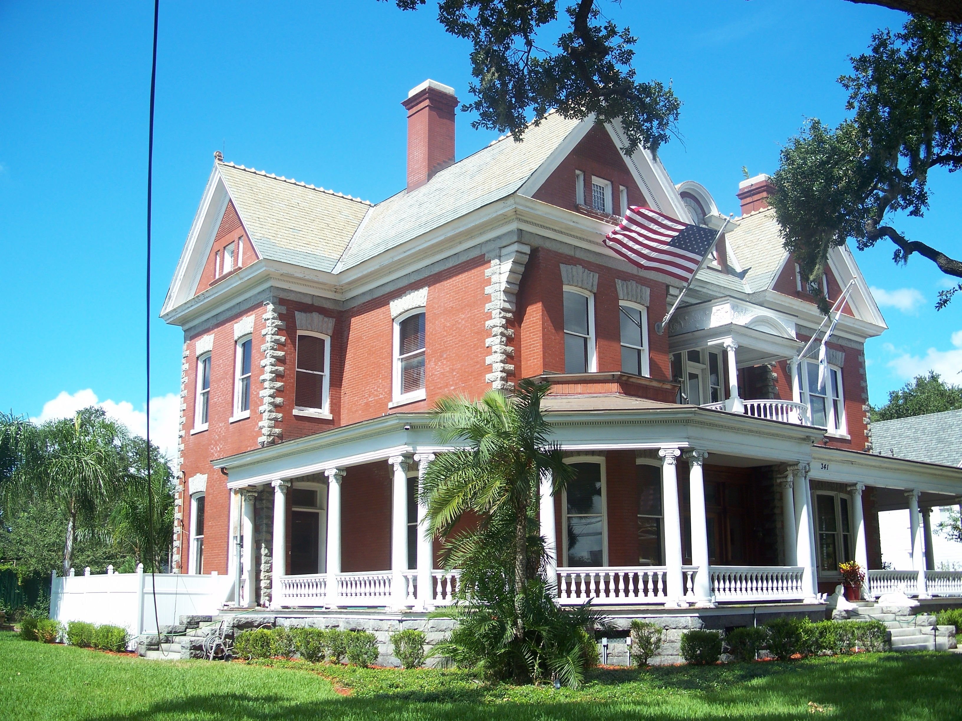 vintage victorian the frank anderson house a blend of queen anne