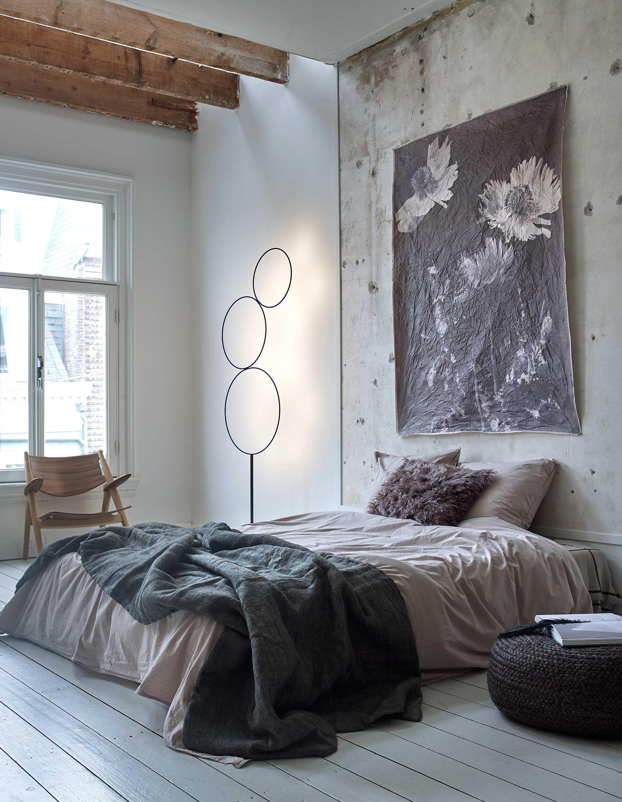 slaapkamer met canvasdoek   sleeping room with canvas   vtwonen 01 ...